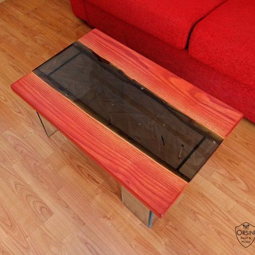 RED-SHARD-tavolino-da-salotto-in-castagno-e-resina-epossidica